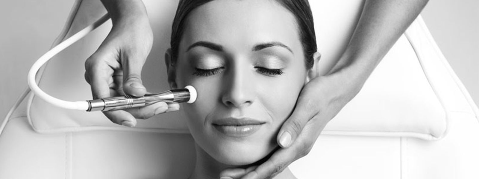 Best Microdermabrasion Spa Toronto